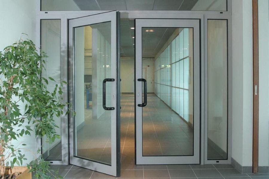 3 22 - Купить алюминиевые двери и окна